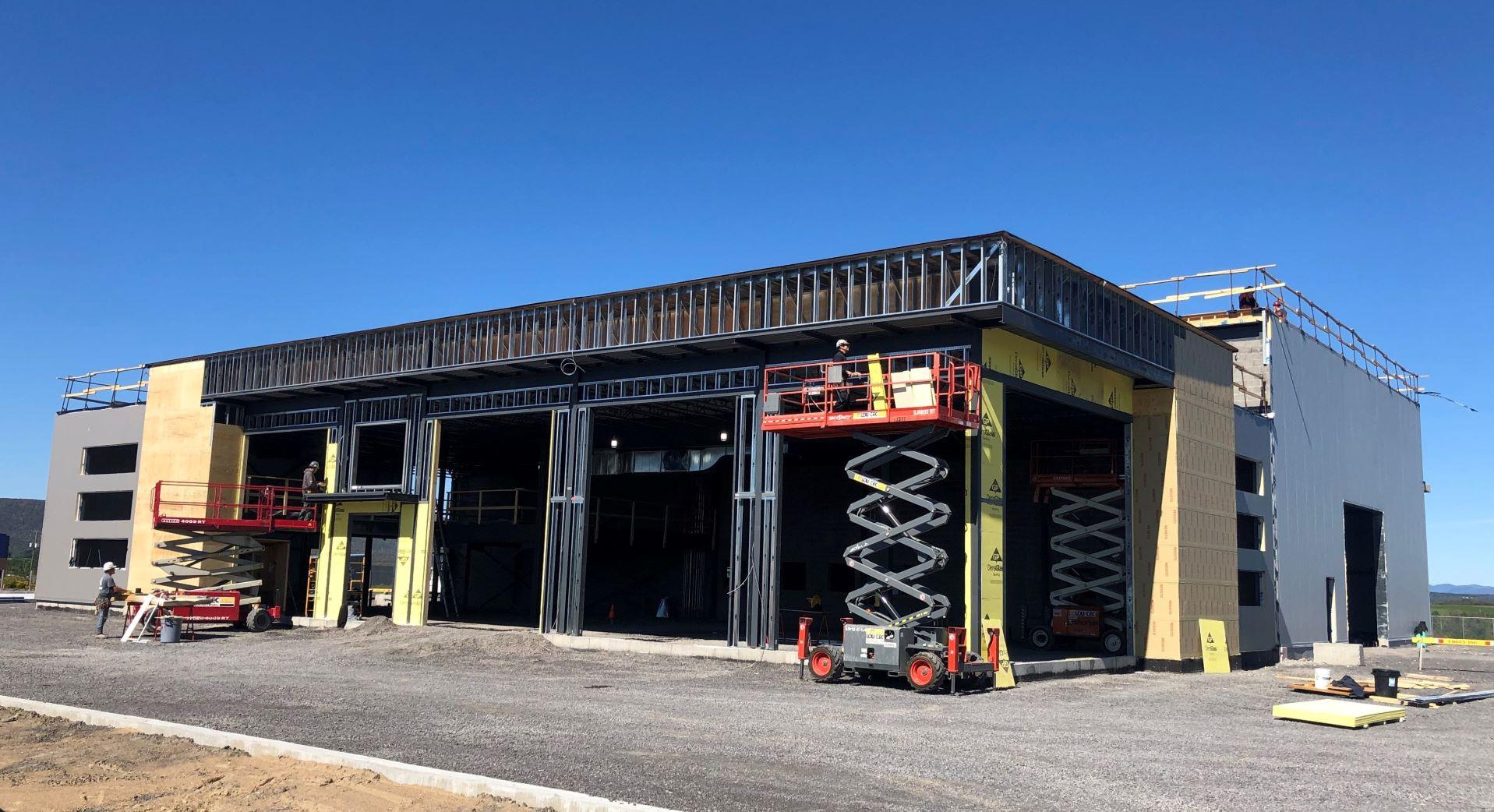 Nouveau garage New Holland Avantis